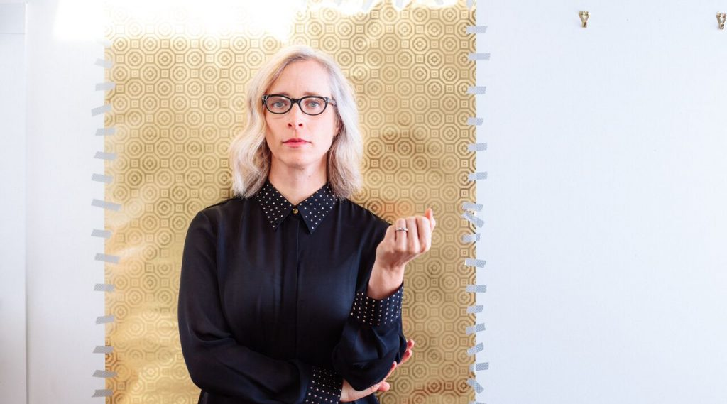 "Laura Veirs shares ""Lightning Rod"" video"