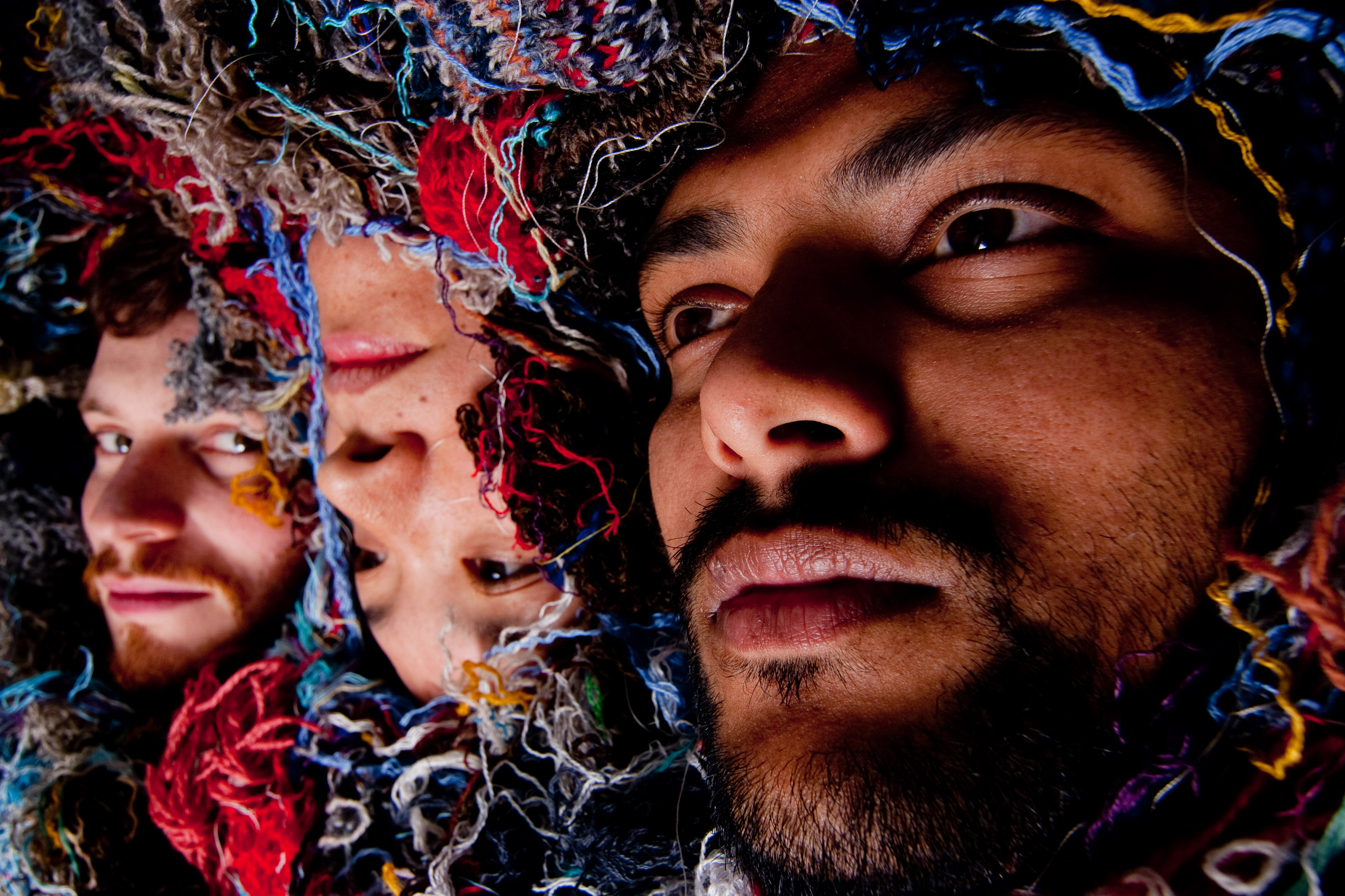 Zun Zun Egui supporting Dirty Three across Europe