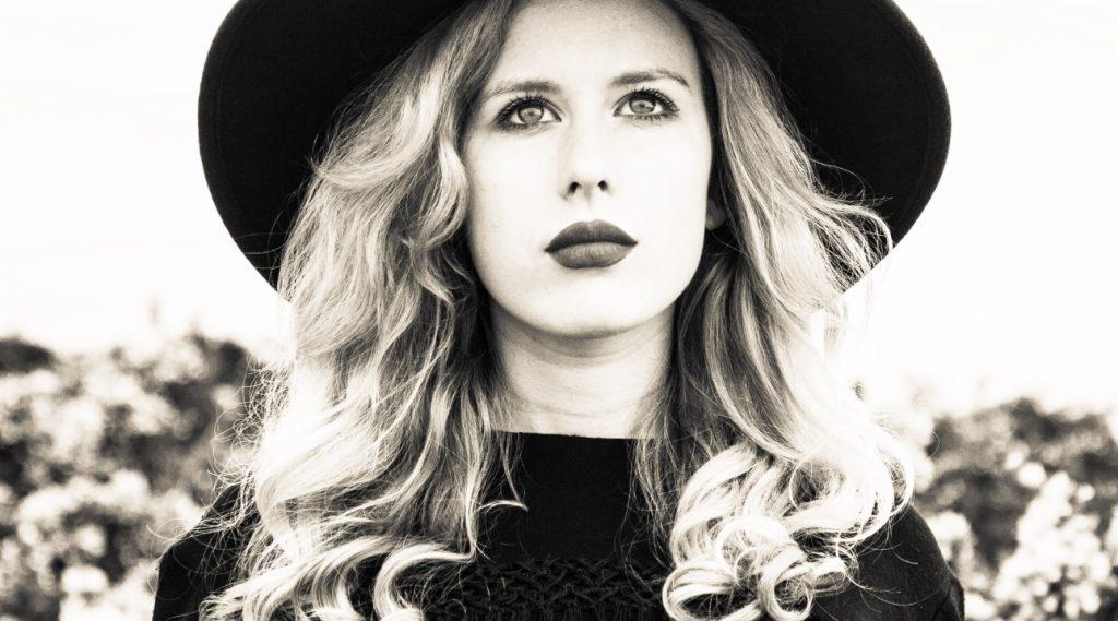 Holly Macve shares 'Corner Of My Mind' video