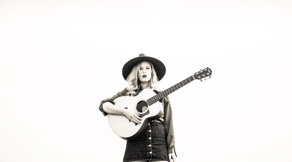 """Holly Macve shares video for """"No One Has The Answers"""""""