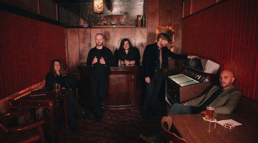 "Horse Thief share new track ""Little One"""