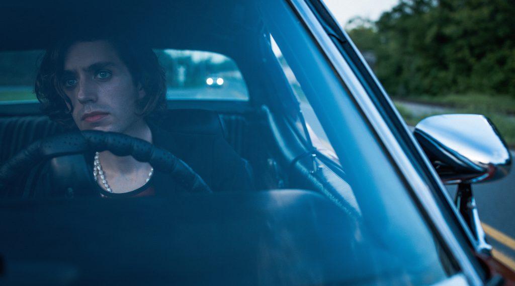 """Ezra Furman debuts new single """"Driving Down To L.A."""""""